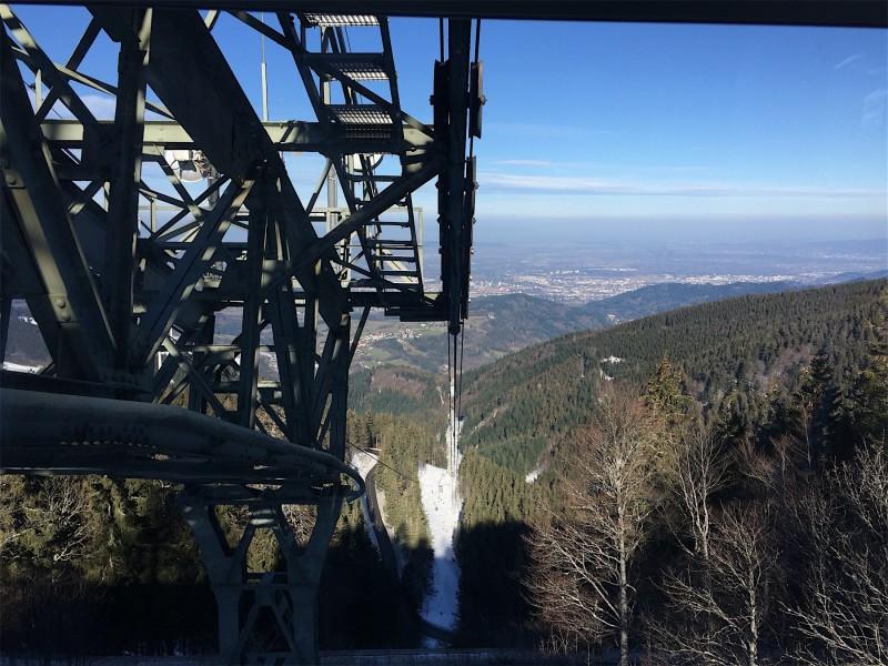 Frühjahrsrevision an der Schauinslandbahn im April