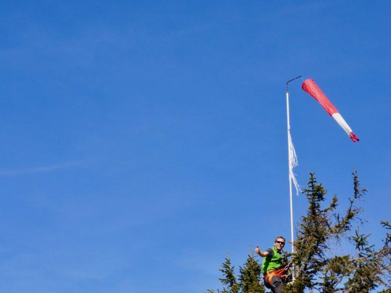 neuer Windsack am Schaui Startplatz